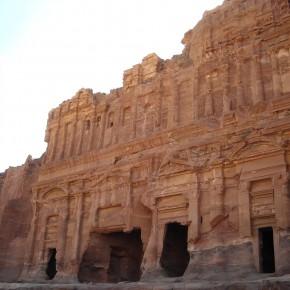 Petra nascosta: itinerari alternativi fra i canyon dell'antica città rossa